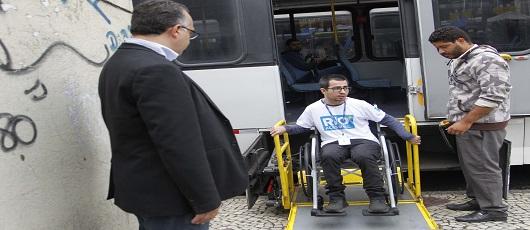 Secretaria da Pessoa com Deficiência e Tecnologia (SMDT)  foi às ruas com a blitz Rio + Acessível