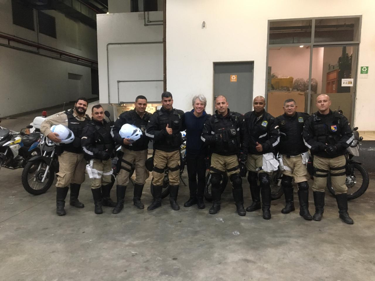 Guardas municipais atuam na escolta do cantor americano Bon Jovi no Rock in Rio