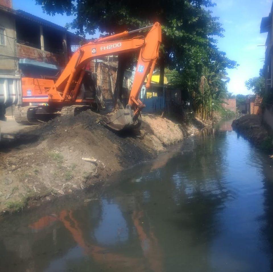 Rio-Águas conclui serviços de manutenção no Canal da Rua Comendador Guerra, na Pavuna