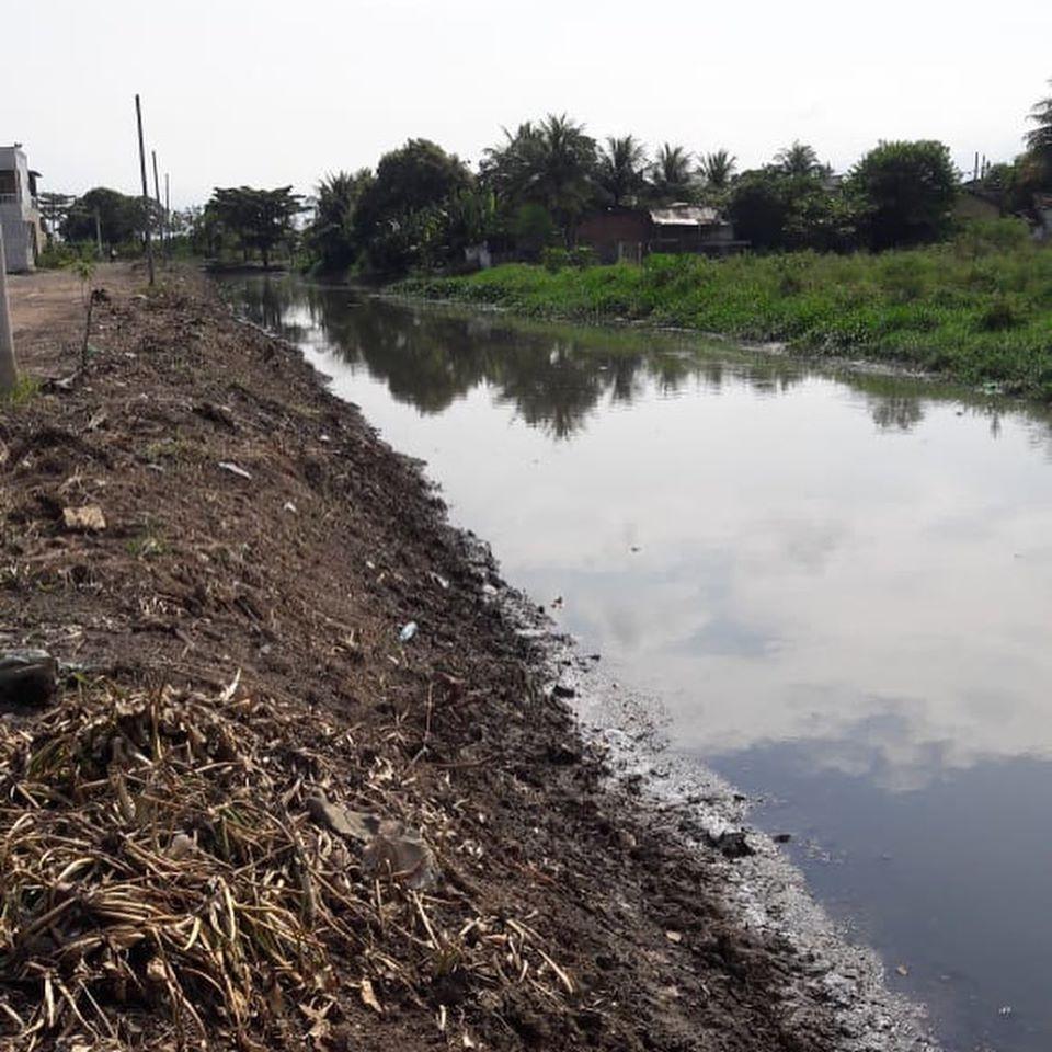 Rio-Águas já retirou 9.600 toneladas de material assoreado da Vala da Goiaba