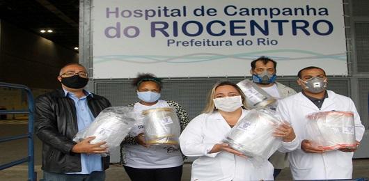 Prefeitura do Rio entrega 100 viseiras (EPI) feitas em impressoras 3D para Hospital de Campanha
