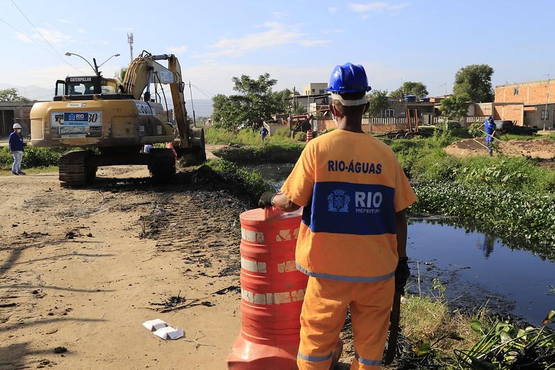 Prefeitura do Rio conclui mais uma etapa de limpeza em canais de Jardim Maravilha
