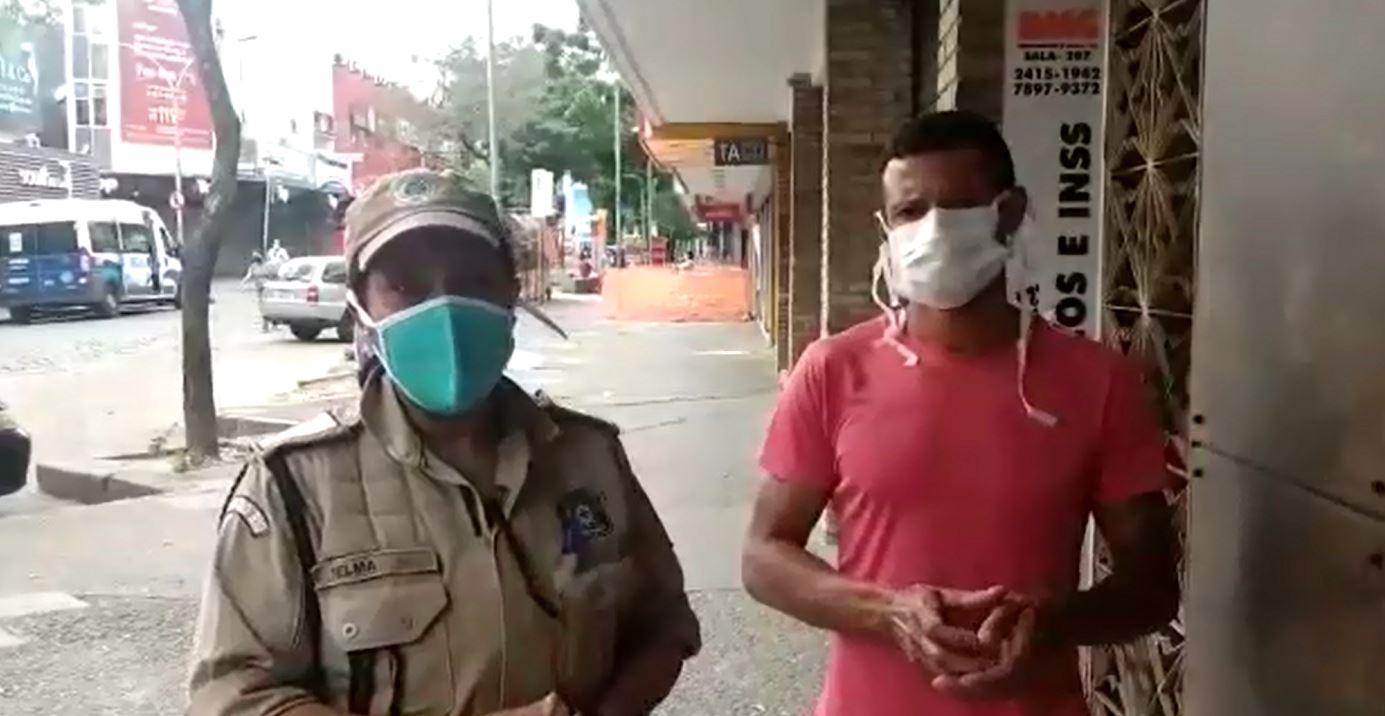 Guardas municipais ajudam ex-dependente químico que solicitou ajuda em Campo Grande