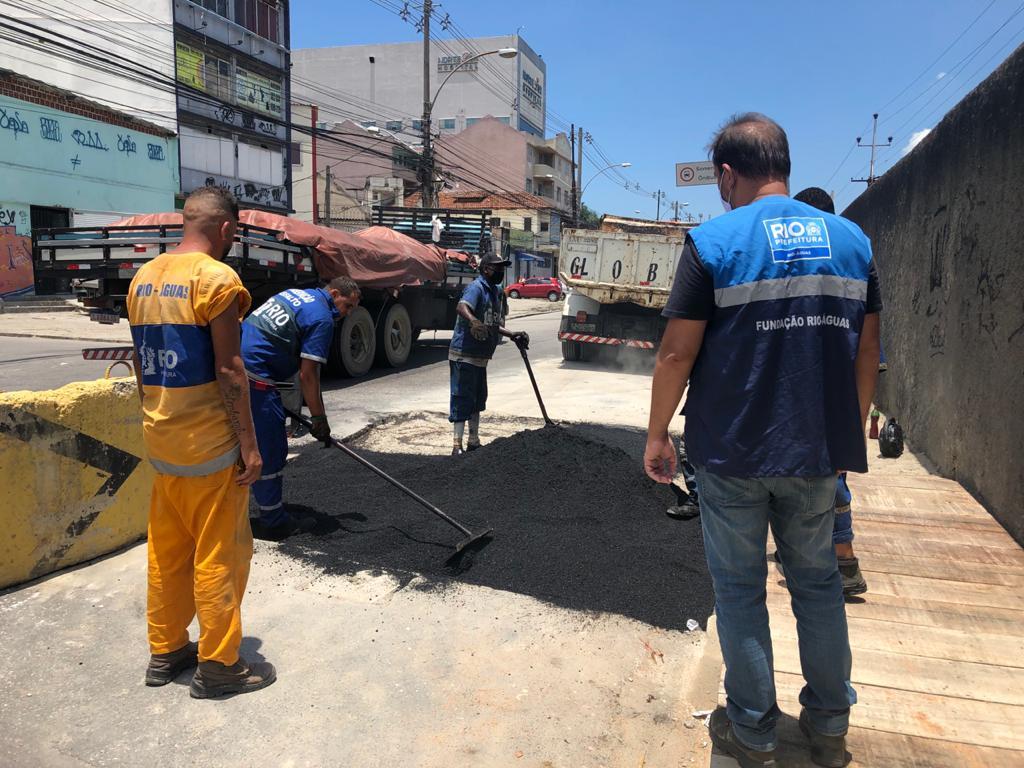 Rio-Águas conclui reparos na Rua Carolina Machado, em Cascadura