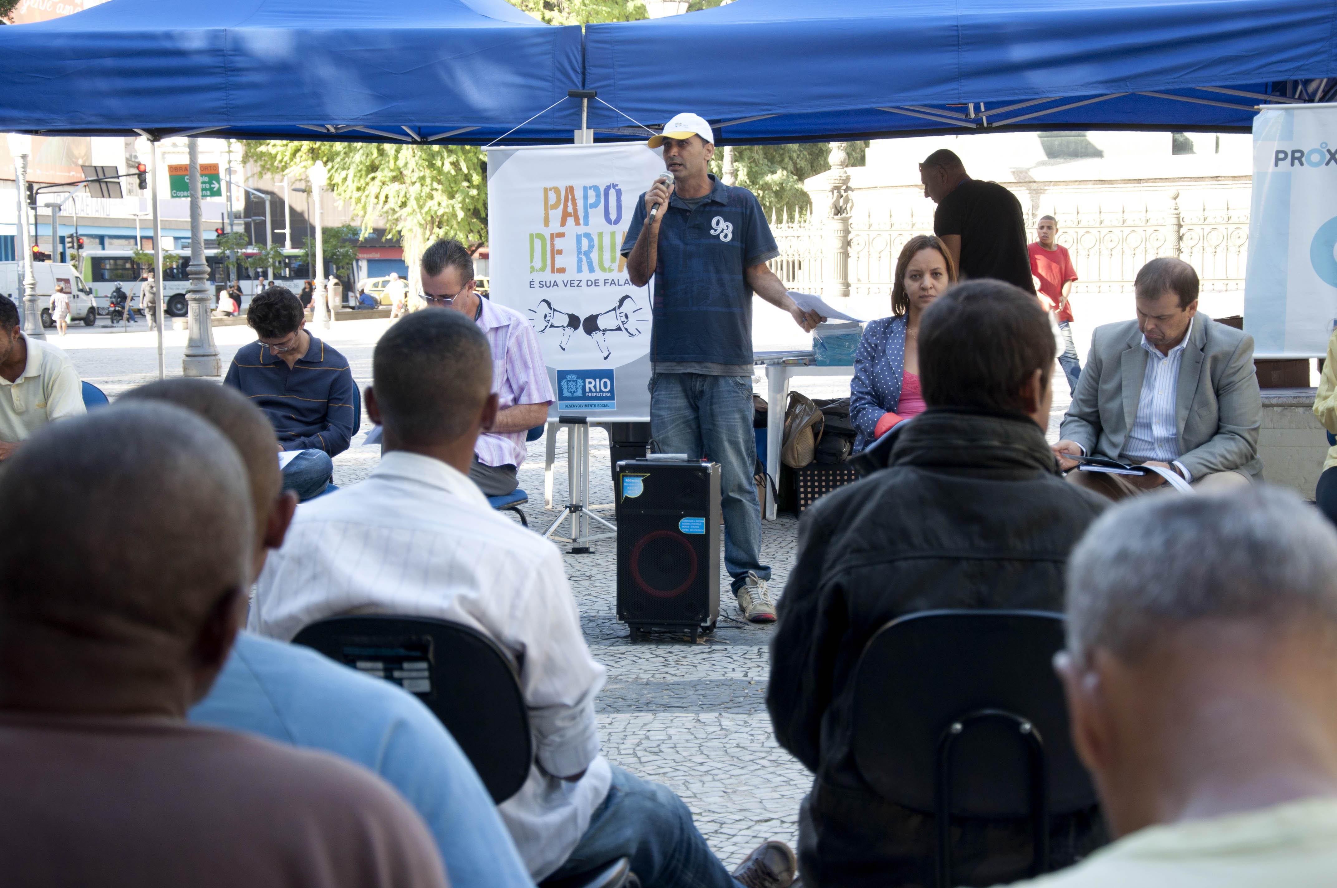 Papo de Rua promove encontro na Praça Tiradentes