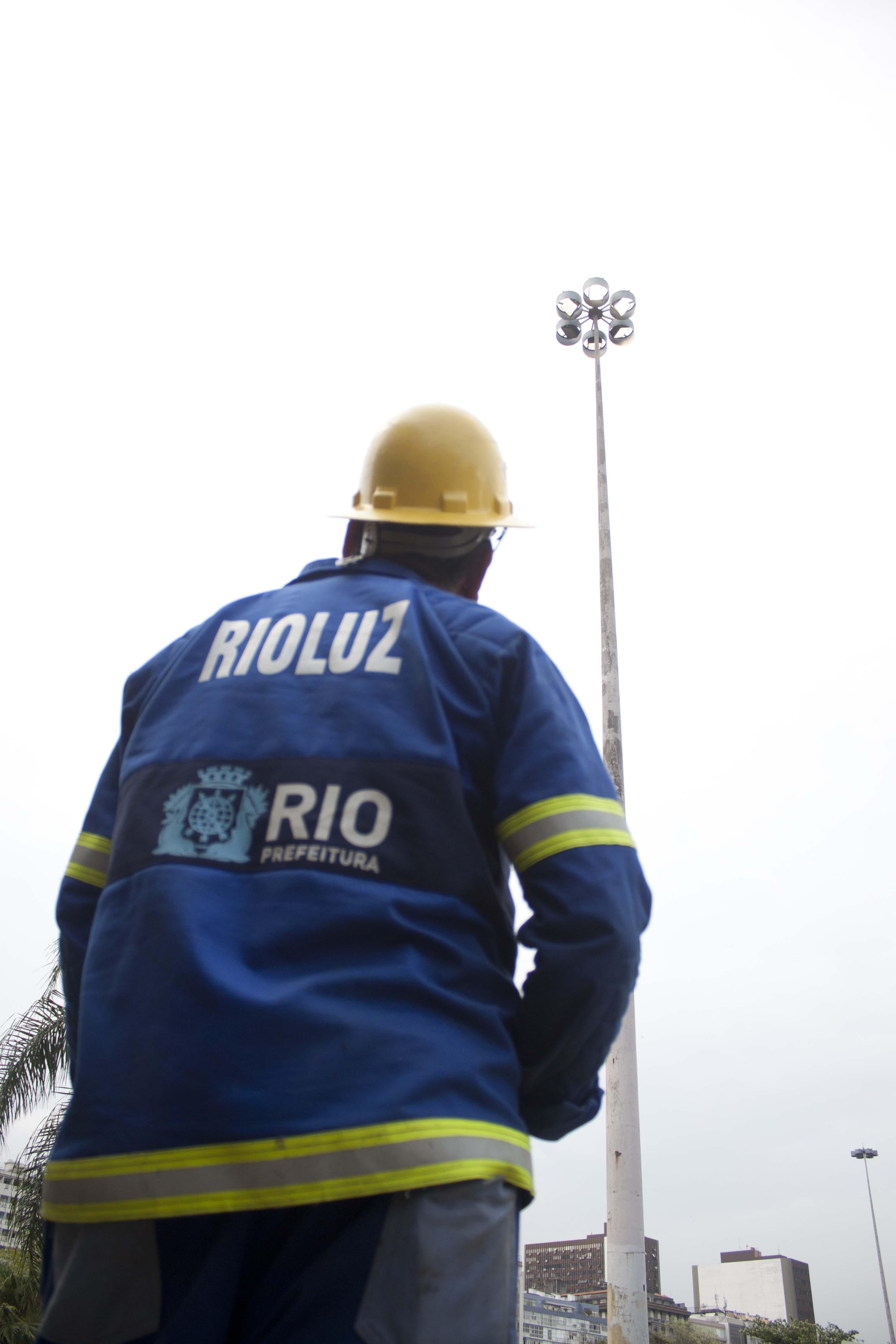Rioluz moderniza iluminação em bairros da Zona Norte e Oeste