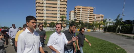 Obras para estabilizar o solo da Vila do Pan estão em andamento
