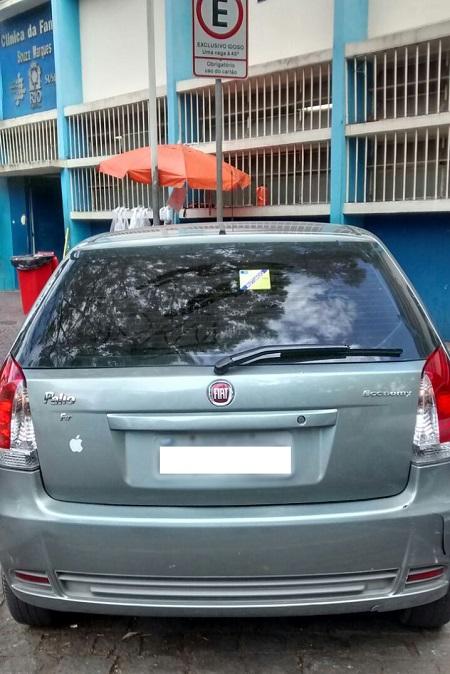 GM-Rio multa 441 veículos estacionados em vagas de idoso e  portadores de necessidades especiais