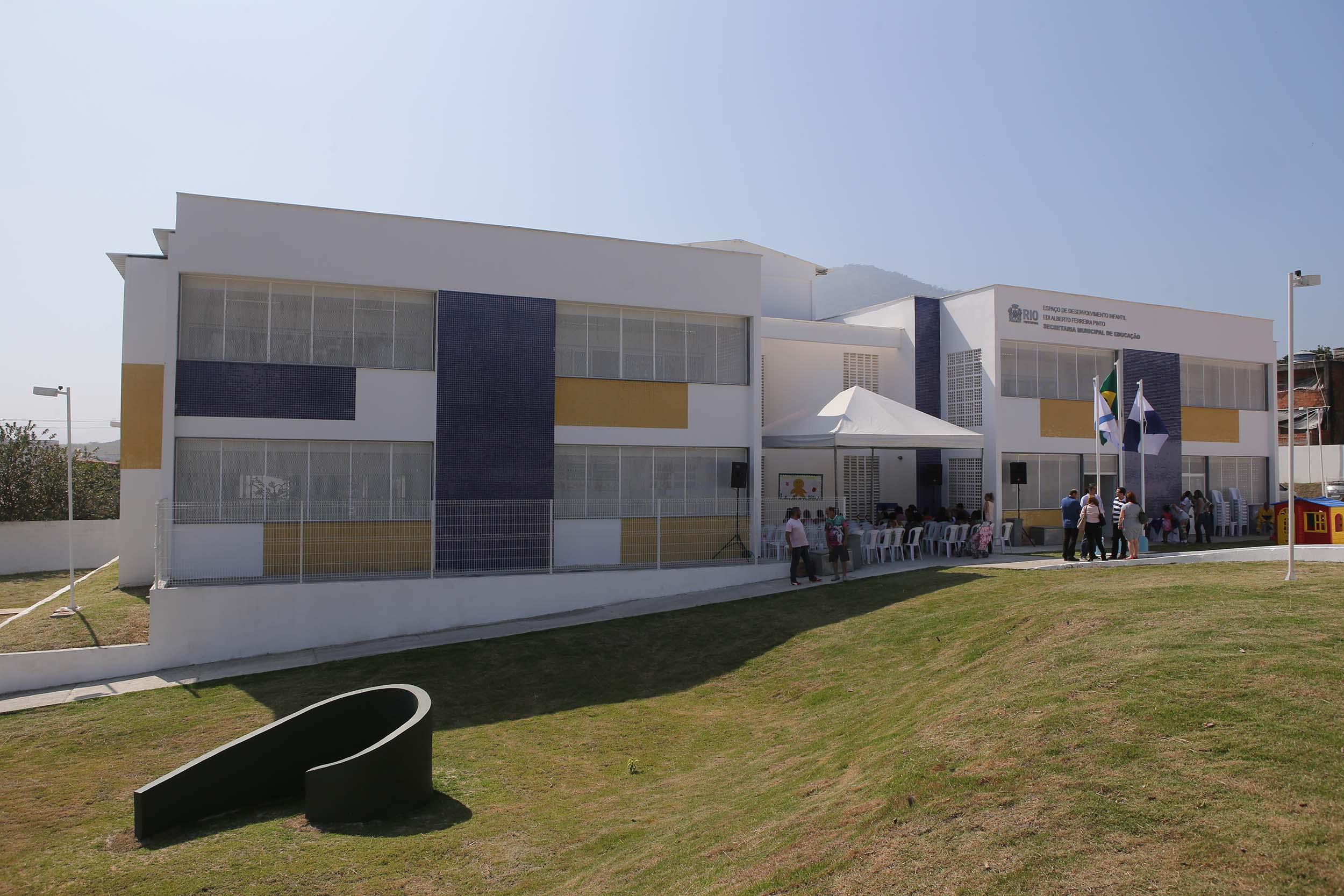 Secretaria Municipal de Educação inaugura novos Espaços de Desenvolvimento Infantil na Zona Oeste