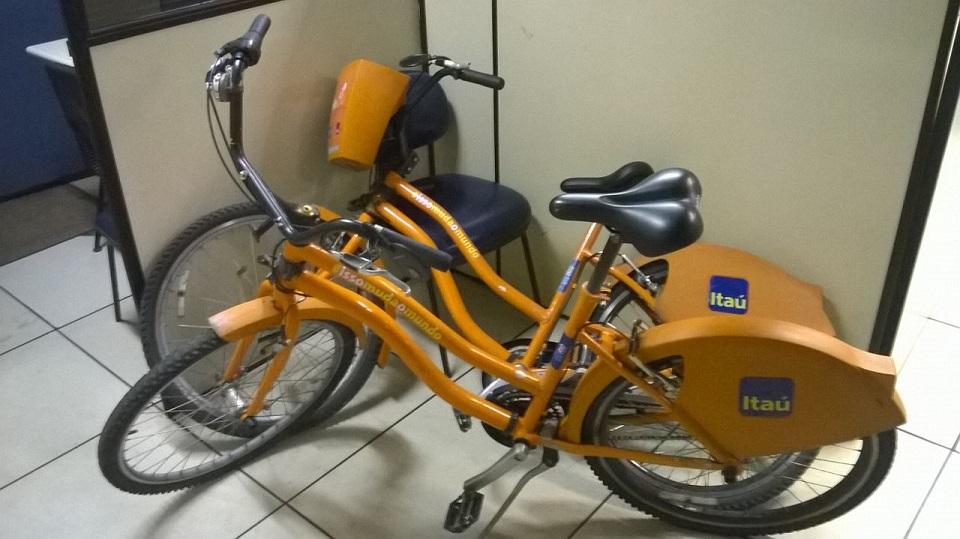 Guardas recuperam bicicletas do projeto Bike Rio furtadas no Centro
