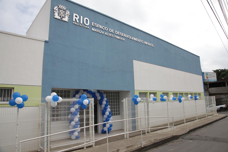Prefeitura inaugura Escolas do Amanhã na Pavuna e em Acari