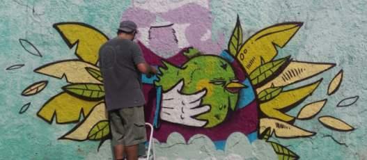 Comlurb promove encontro com artistas grafiteiros