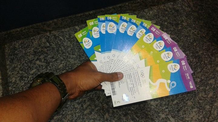 Guardas prendem cinco cambistas vendendo ingressos das Olimpíadas na Barra e Deodoro