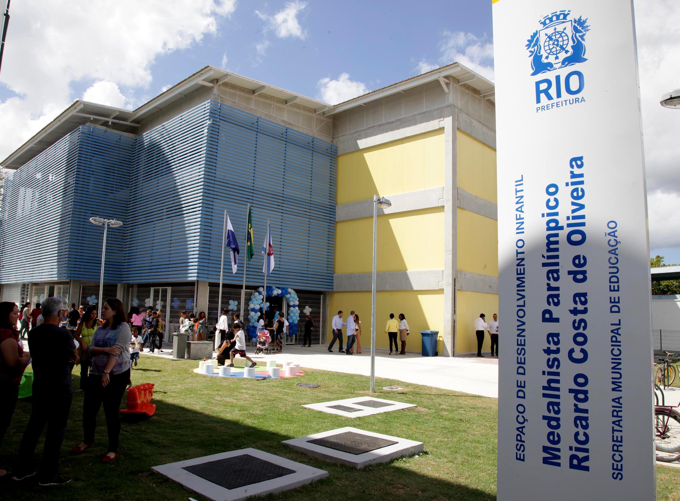 Prefeitura entrega dois Espaços de Educação Infantil em Guaratiba