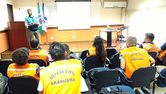 Defesa Civil de Araruama participa de curso de capacitação na SUBDEC