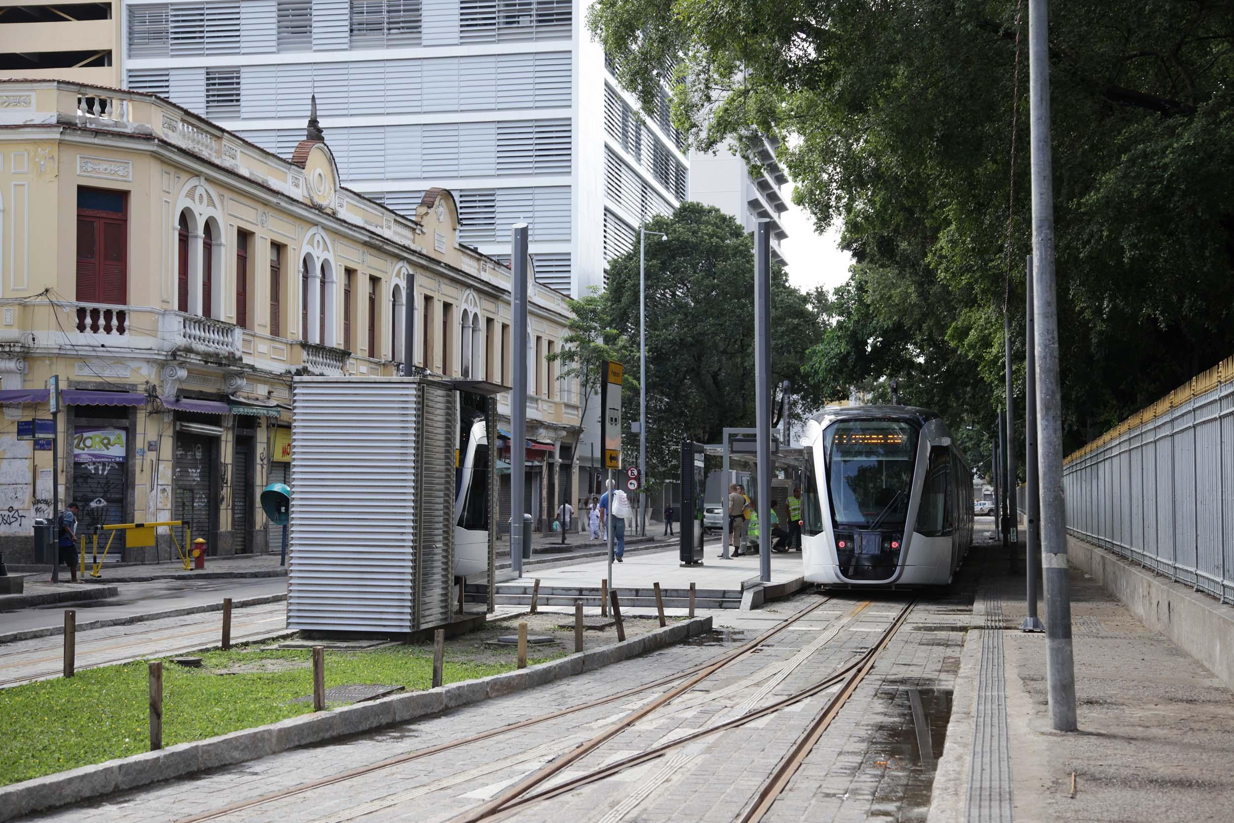 Prefeitura amplia horário de funcionamento da Linha 2 do VLT