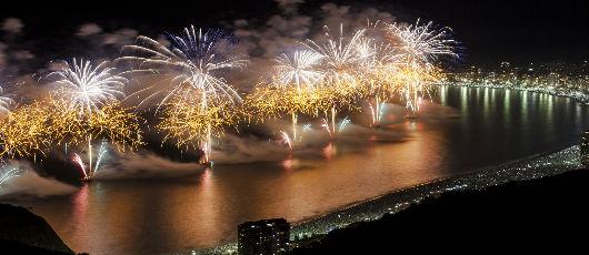 Prefeitura do Rio monta esquema especial de trânsito e transporte para o Réveillon de Copacabana