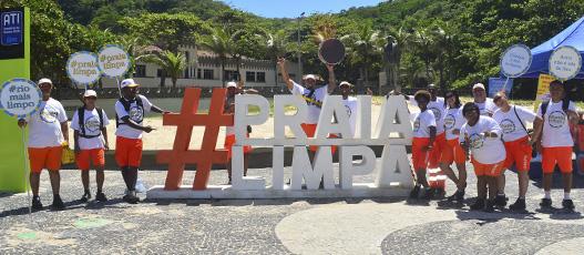 Campanha #Praia Limpa recebe apoio de Rico de Souza