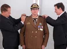 Prefeito dá posse à nova comandante da Guarda Municipal