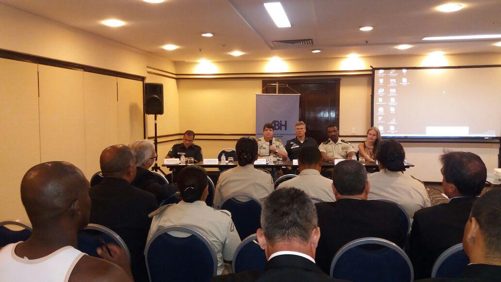 Comandante da GM-Rio participa de Fórum de Segurança da Associação Brasileira de Indústria de Hotéis