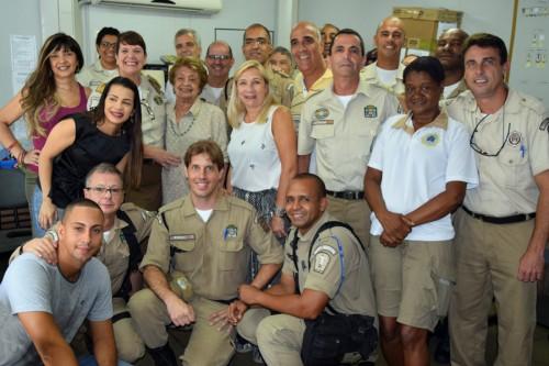 Inspetor Jodimar deixa a UOP-Tijuca e recebe homenagem da Associação de Moradores