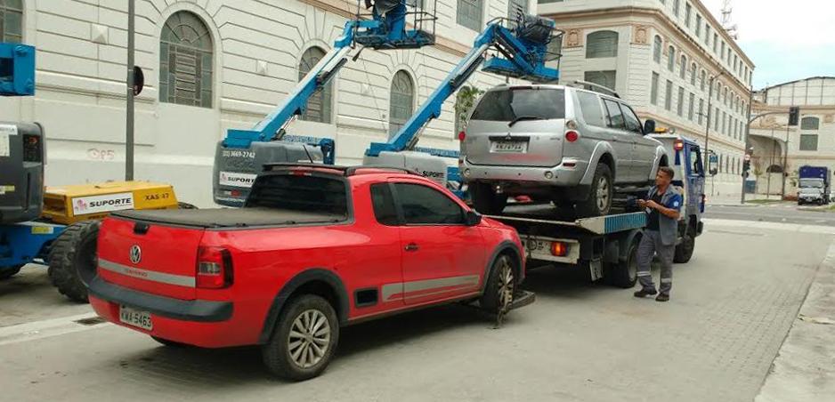 Seop prossegue com operação de estacionamento irregular em pontos de folia