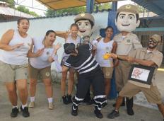 Guardas municipais participam de caminhada contra a dengue em Campo Grande