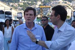 Prefeito confere preparativos para desfiles na Passarela do Samba