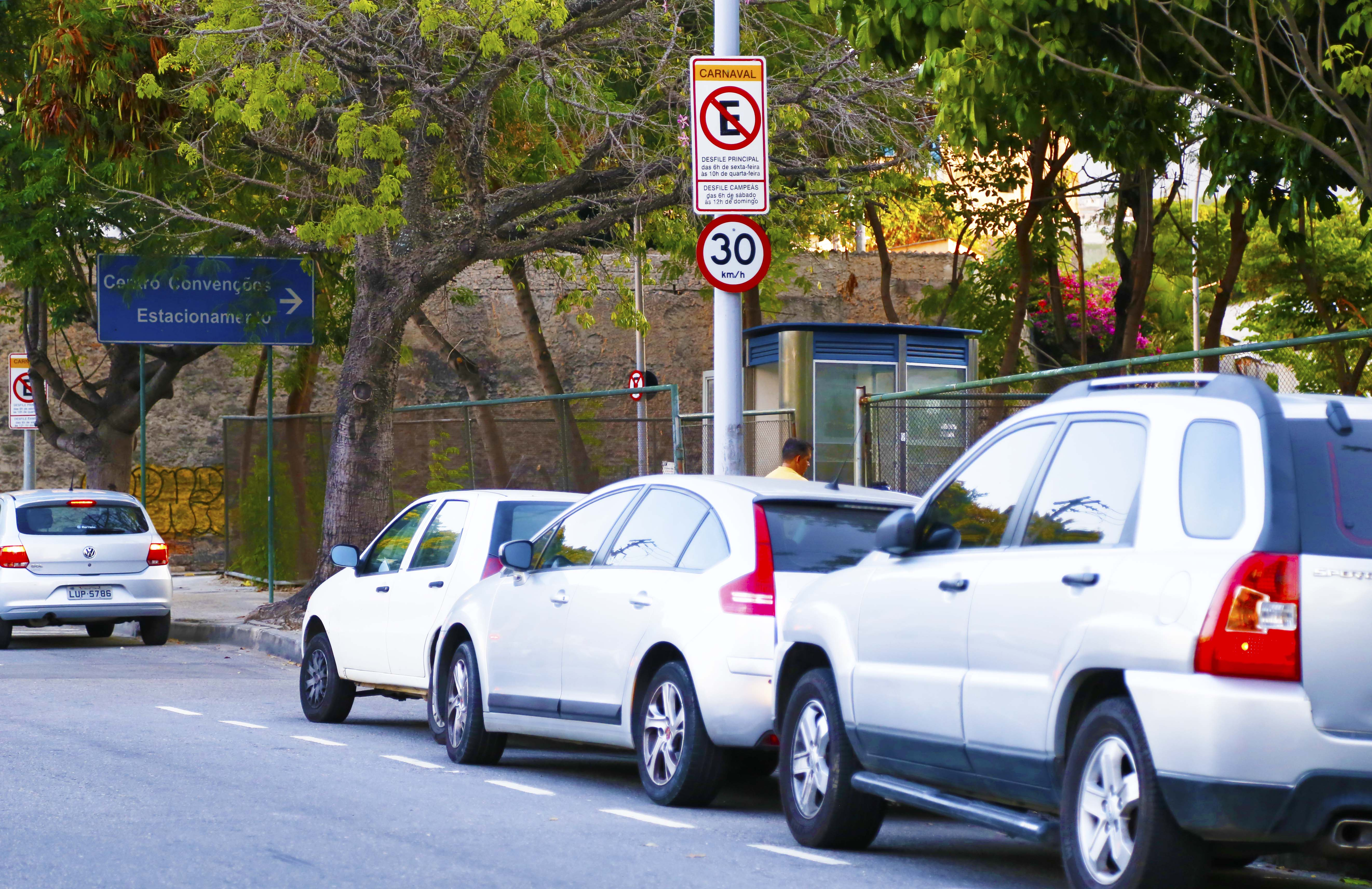 Carnaval 2017: estacionamento irregular começa nesta sexta, 24, e vai até terça, 27