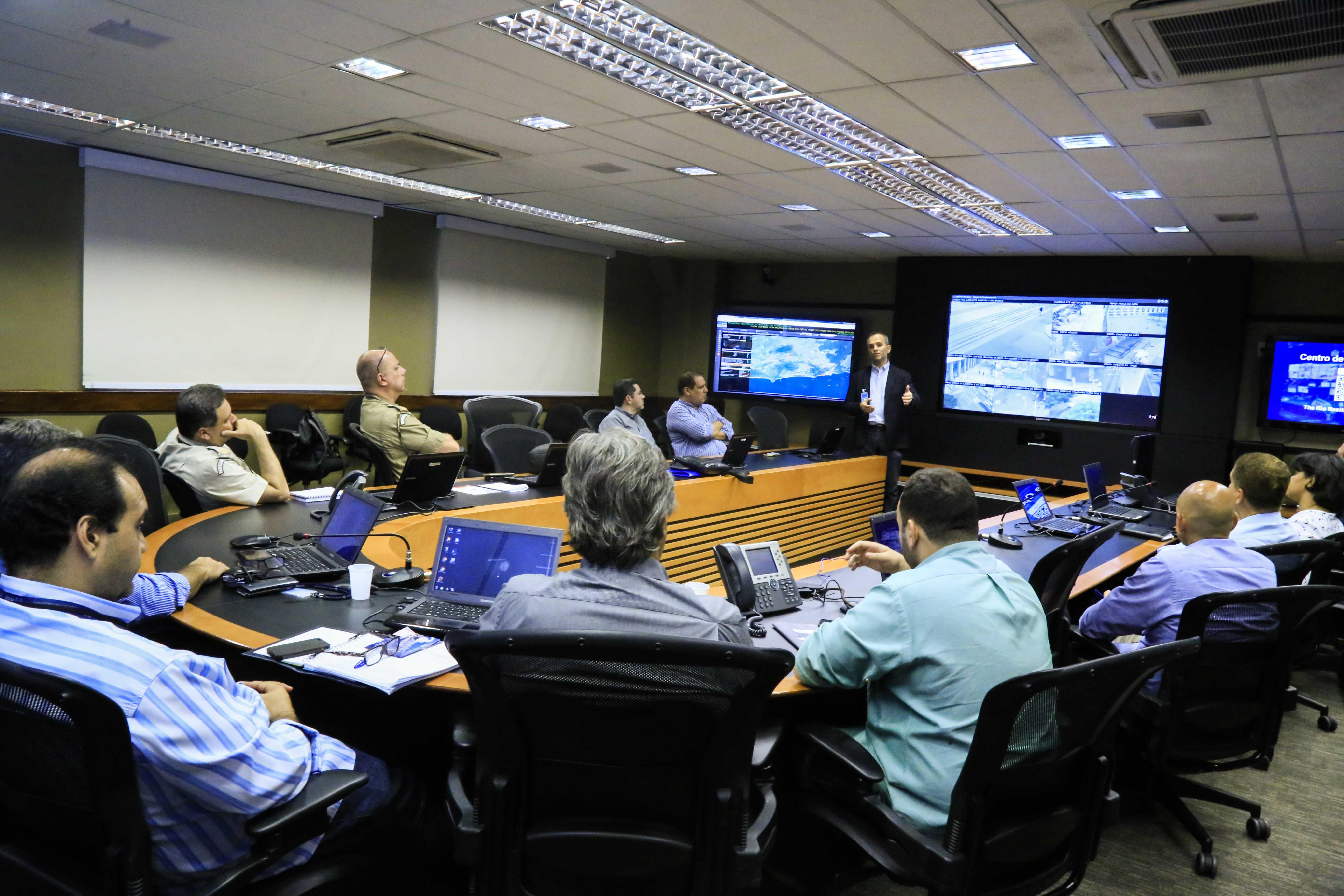 COR recebe imagens de câmeras da iniciativa privada usadas no monitoramento da Lapa