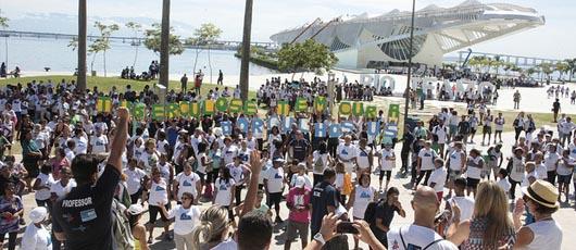 Mobilização pelo Dia Mundial de Combate à Tuberculose agita a Praça Mauá