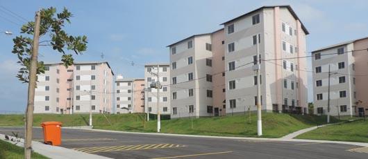 Prefeitura entrega 300 imóveis pelo Programa Minha Casa Minha Vida