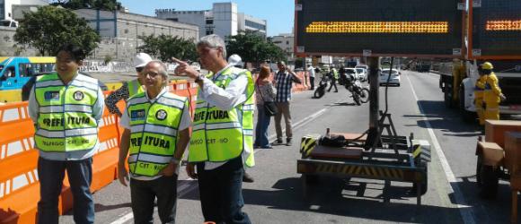 Vice-prefeito acompanha interdições na Av. Brasil