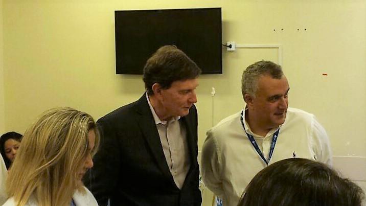 Prefeito visita Hospital Municipal Albert Schweitzer