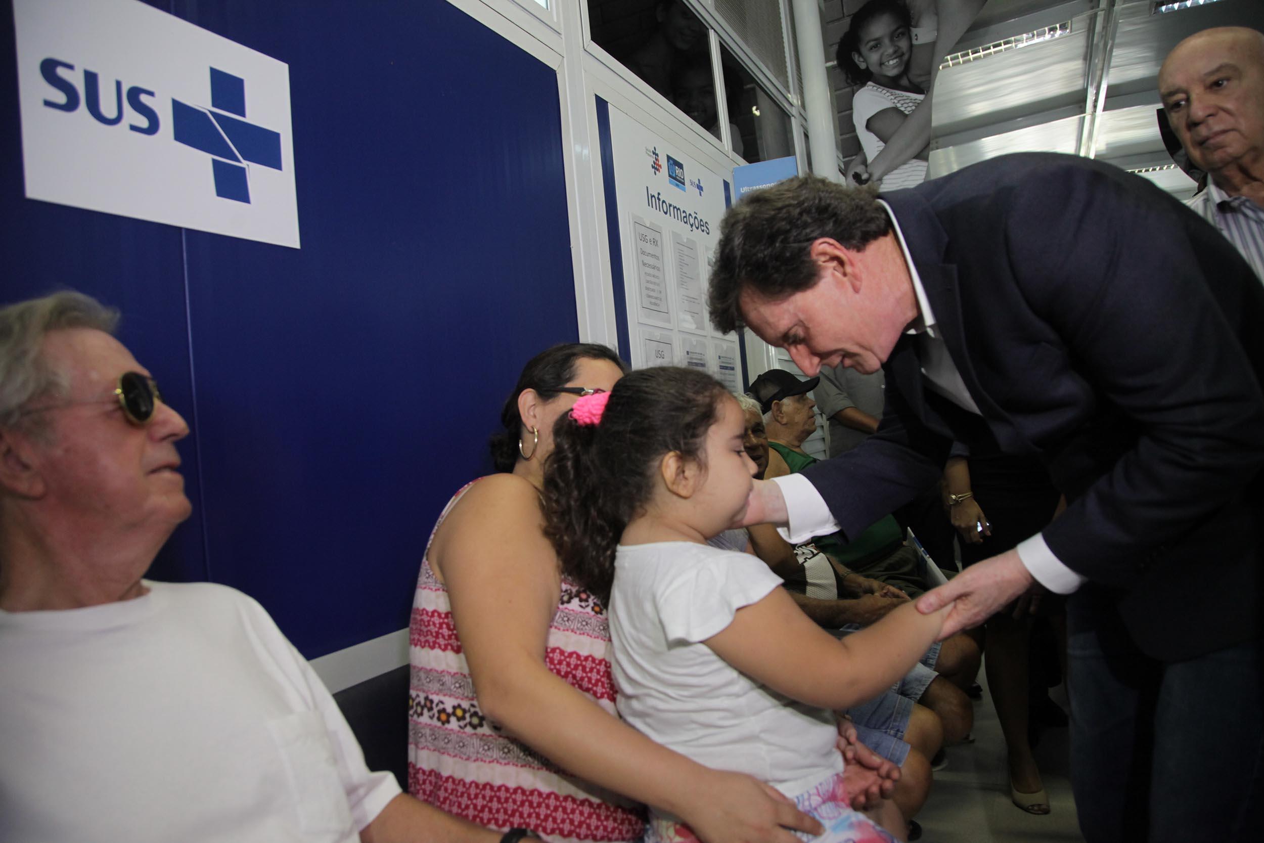 Prefeito acompanha vacinação contra gripe