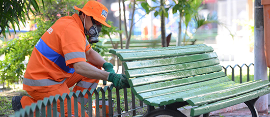 Mais de mil praças da cidade ganham cara nova com programa de revitalização