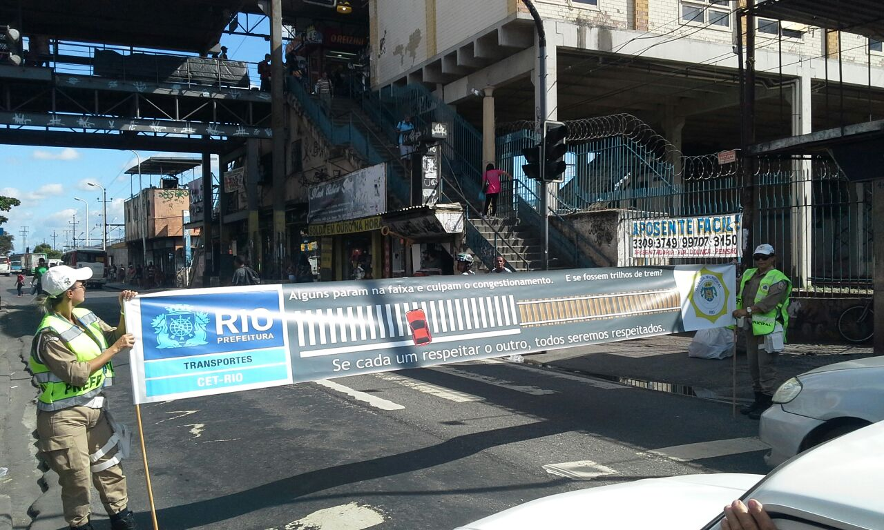 Prefeitura reforça ação educativa de trânsito durante campanha
