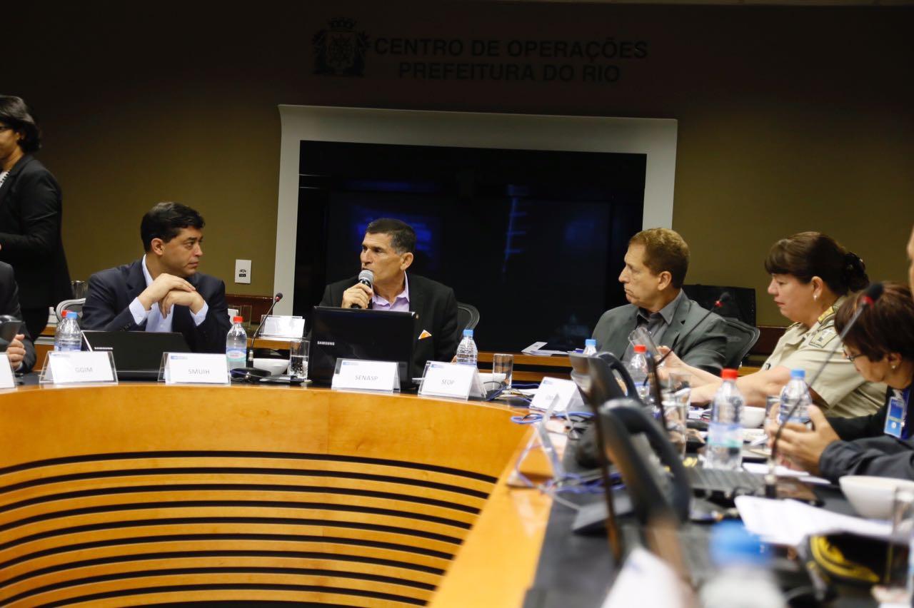 Secretário nacional de segurança participa de reunião do Gabinete de Gestão da Prefeitura do Rio