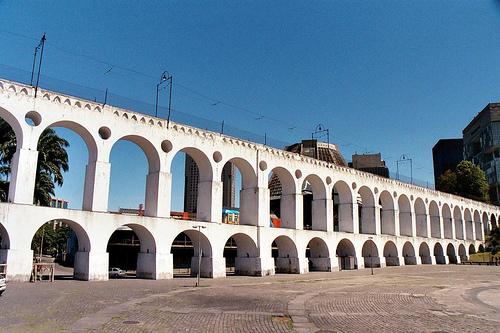 Operação da Prefeitura com Governo do Estado na Lapa registra mais orientação do que punição