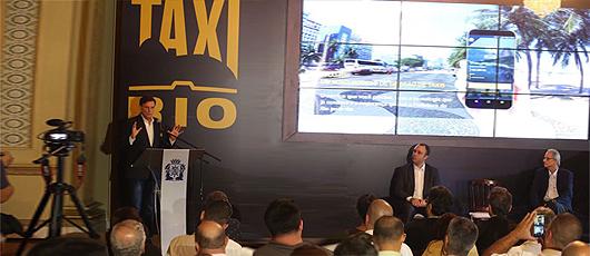 Prefeito torna táxi patrimônio cultural da cidade e lança plataforma Taxi.Rio
