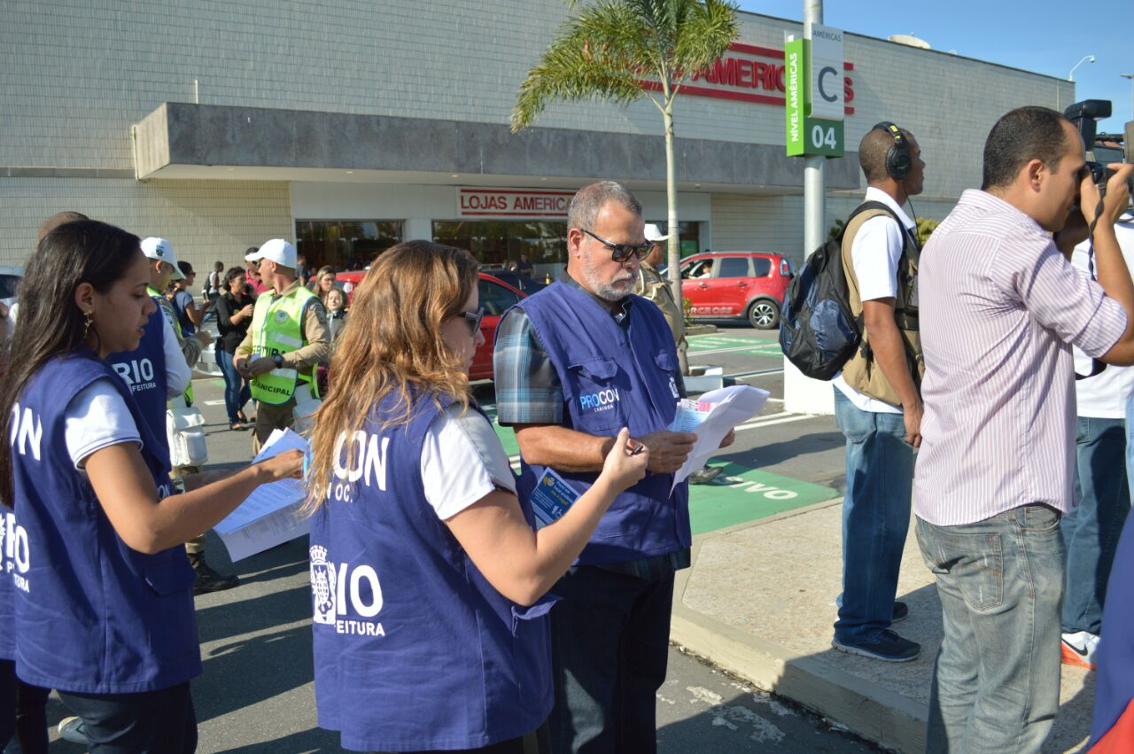 Procon Carioca notifica 48 estabelecimentos por uso irregular de vagas especiais