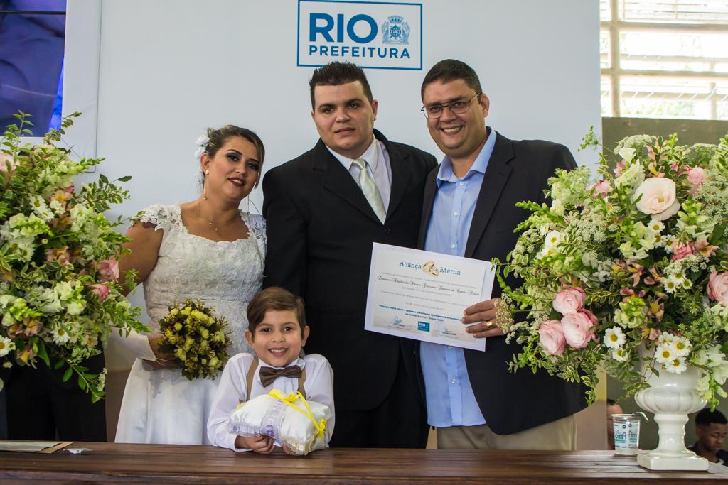 Prefeitura promove casamento coletivo e realiza o sonho de 90 casais em Jacarepaguá