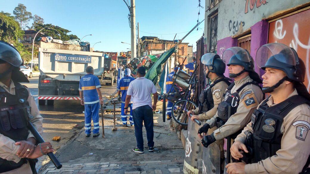 Prefeitura faz operação conjunta para coibir lava a jatos clandestinos na Zona Norte do Rio
