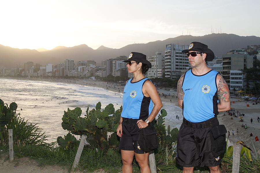 Guardas municipais usarão novo uniforme para patrulhar praias