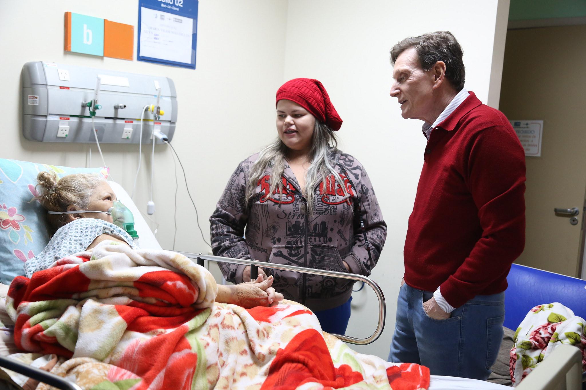 Crivella visita Hospital Ronaldo Gazolla