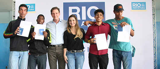 Rio em Ação leva serviços para Santa Cruz