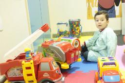 Saúde abre inscrições para voluntários em espaços de brincação de dois hospitais