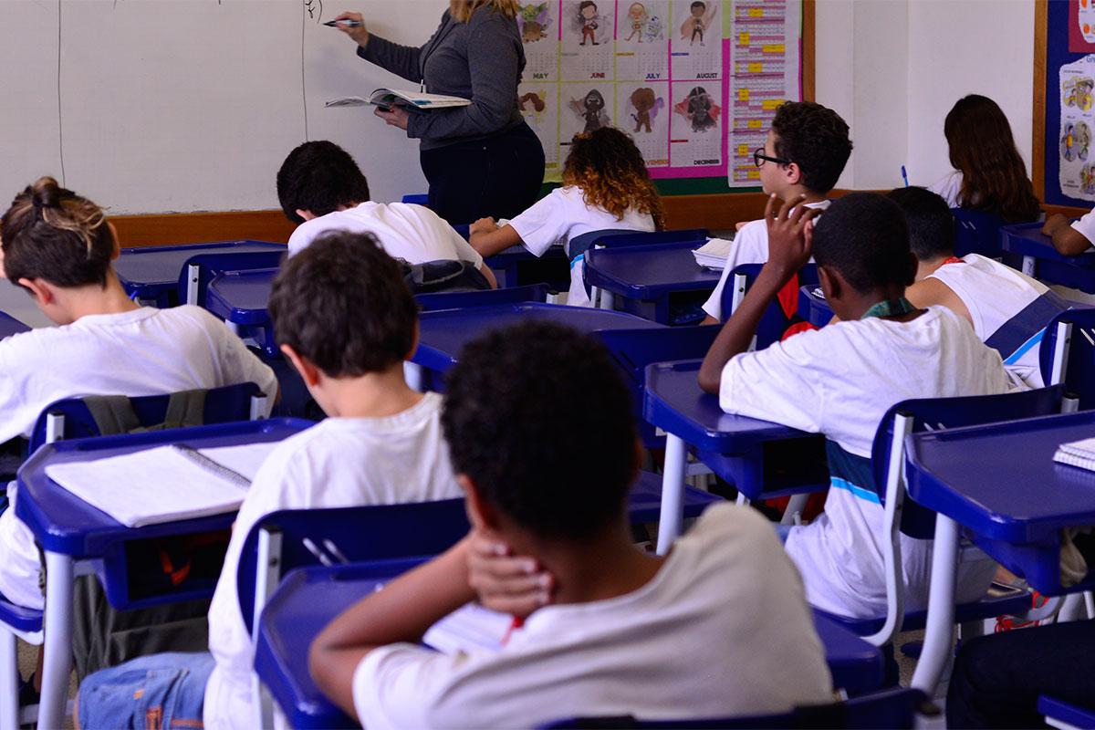 Prefeitura inicia reforço escolar em unidades do Jacarezinho e Bairro Carioca