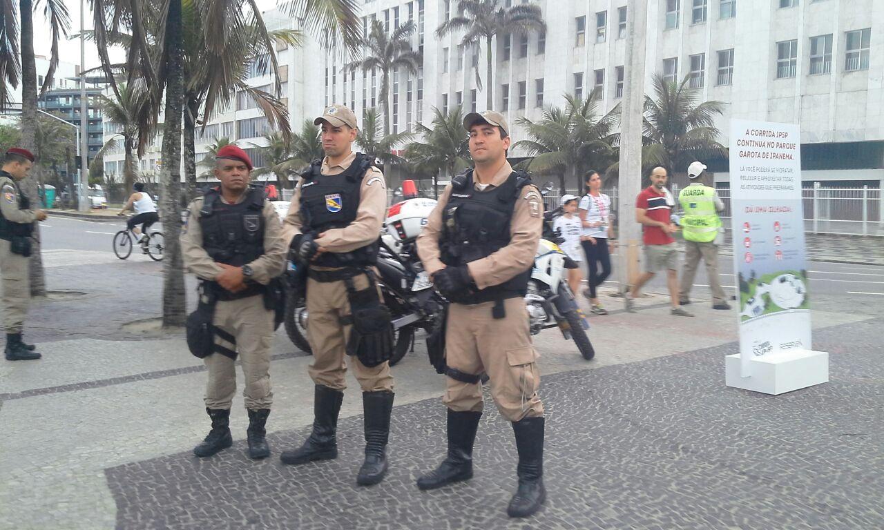 Operação Verão: Guarda Municipal detém ambulante estrangeiro em Copacabana