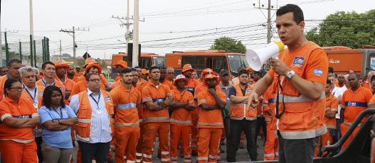 Comlurb Comunidades recolhe 165 toneladas de lixo em Nova Sepetiba e Jardim Maravilha